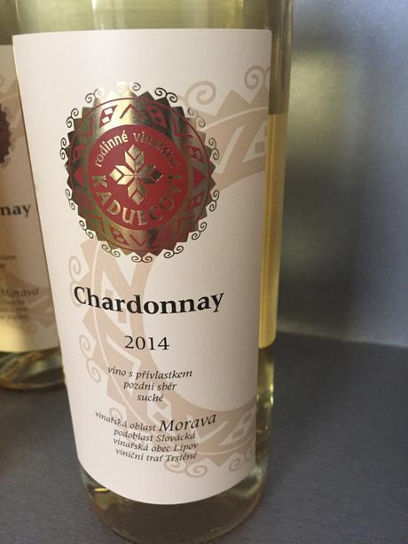 Set 3 bílých bio vín v hodnotě 530kč,