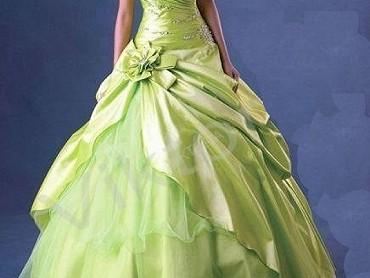 Pohádkové korzetové šaty, 36