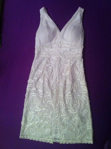 Popůlnoční nebo svatební šaty, 36