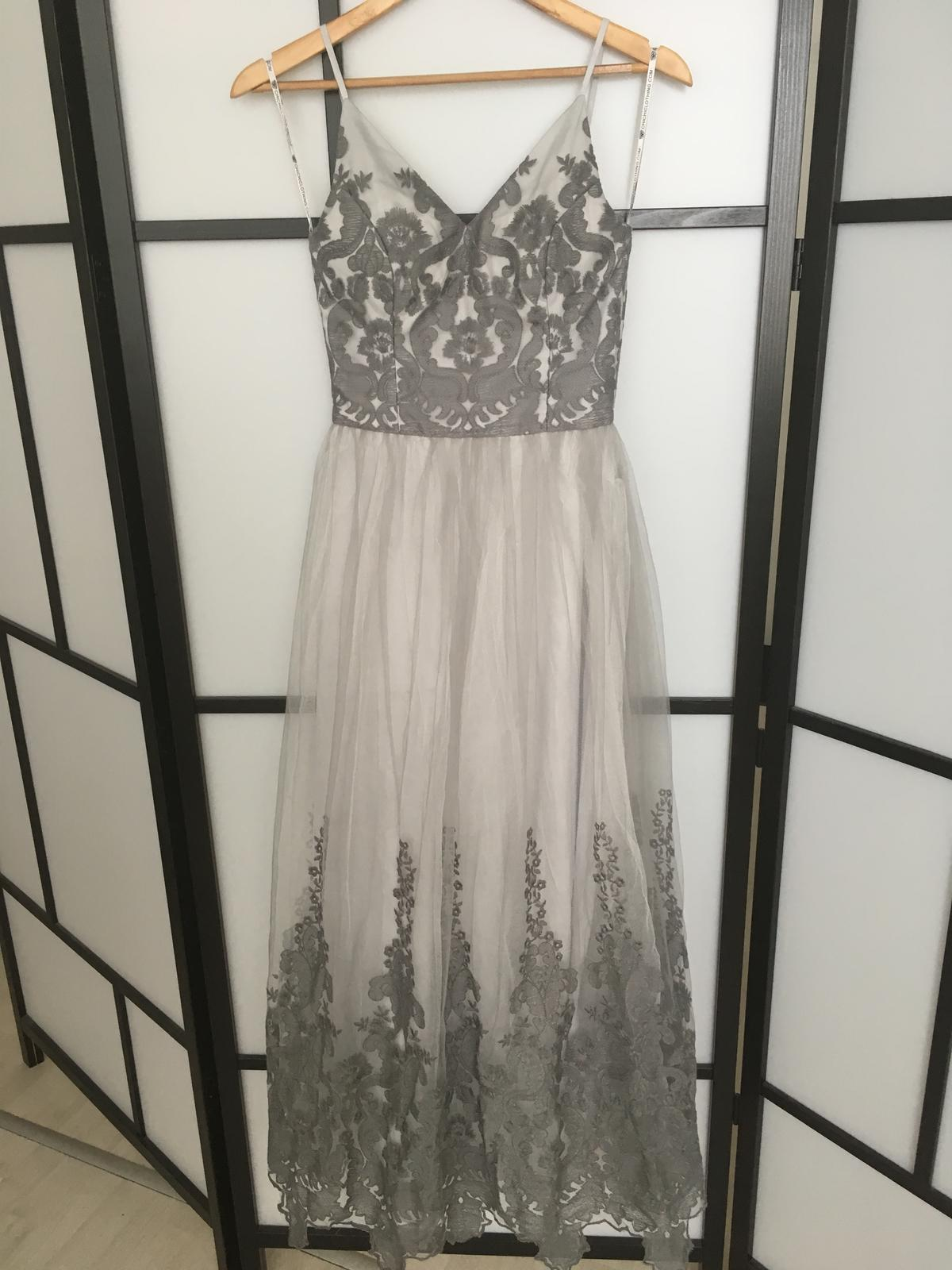 3e58efb3464c Spoločenské šaty dlhé vel. 36-38 predane