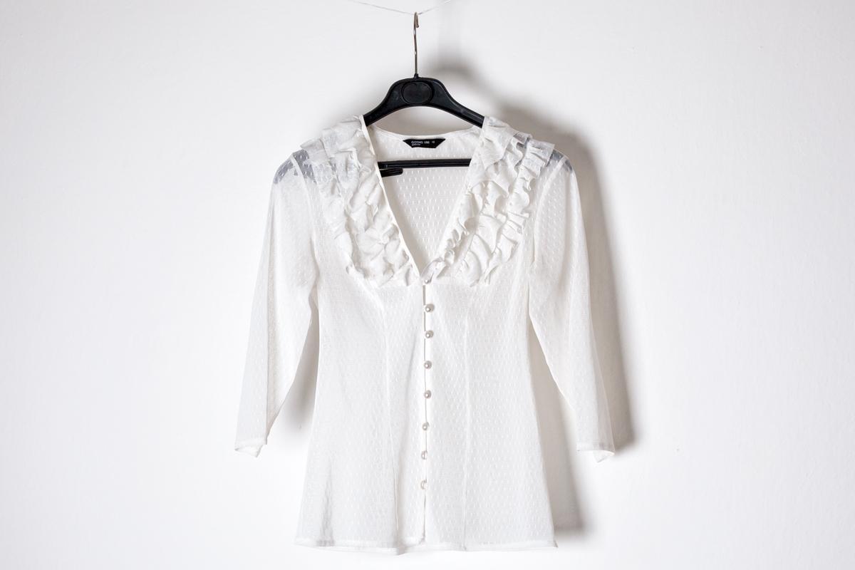 Romantická bílá dámská halenka a1186a1d8e