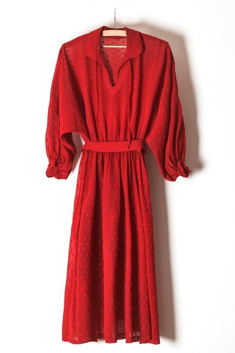 Červené společenské šaty koktejlové délky, 40