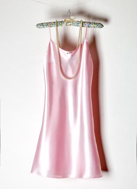 Růžová dámská noční košilka, S