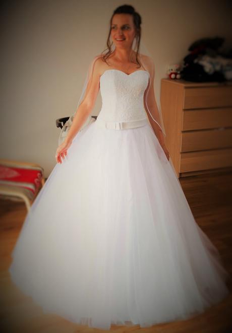 svatební šaty - od Madory, 38