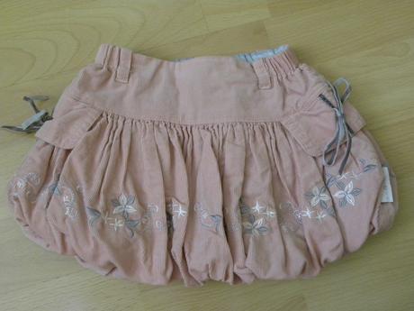 Pekná menčestrová suknička s puf efektom, 68