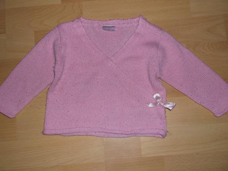 Pekný ružový svetrík, 68