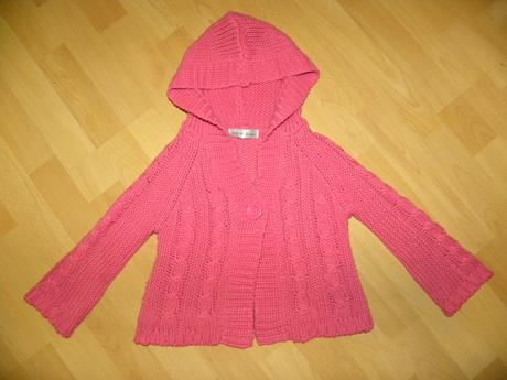 Ružový svetrík, 104