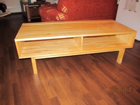 Ikea stolík pod TV,