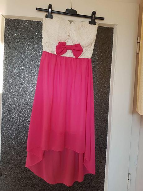 Pekne šaty, 38