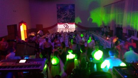 Profesionálny svadobný DJ + ozvučenie + LED svetla,