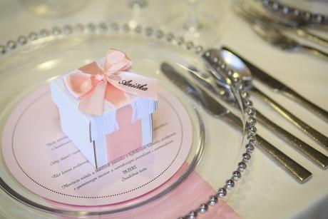 Luxusné klubové taniere,