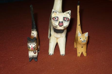 Mačacia rodinka z ľahučkého dreva - dekorácia,