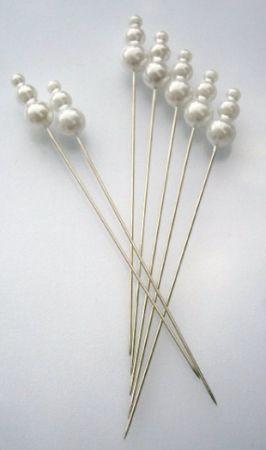 špendlík bílý 3-perličky ,