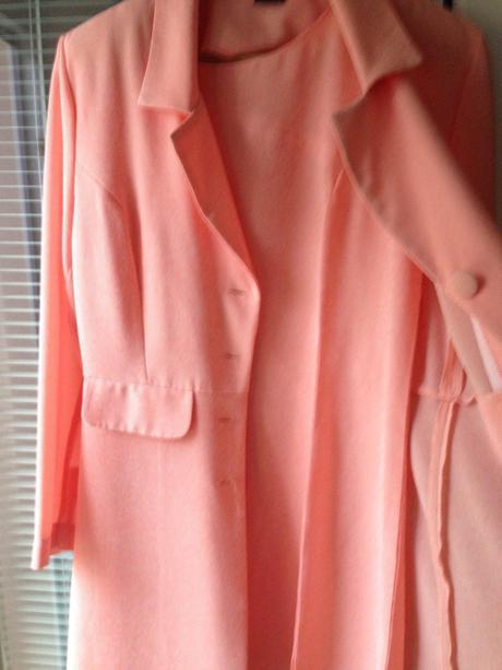 L-XL Ľahký kostým šaty+sako, L