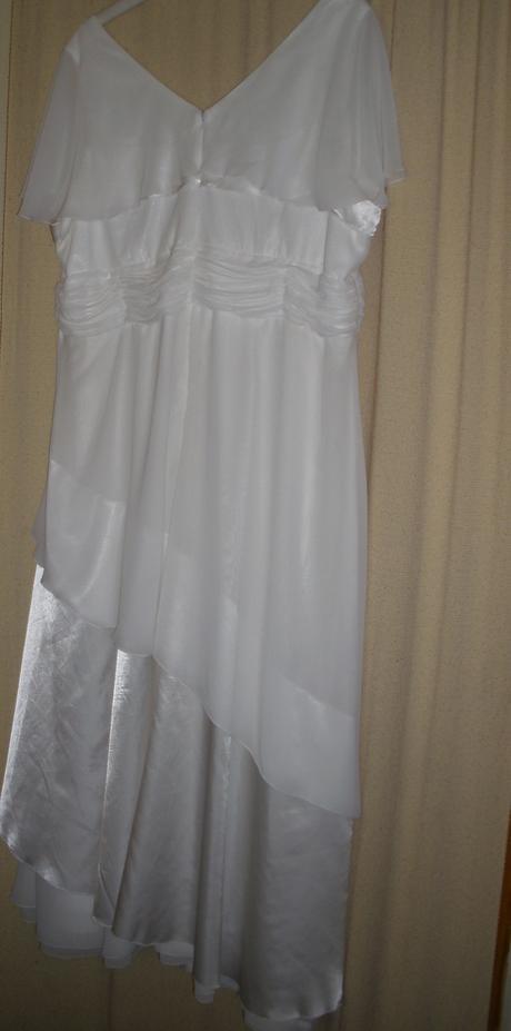 Svatební šaty pro baculku , 56