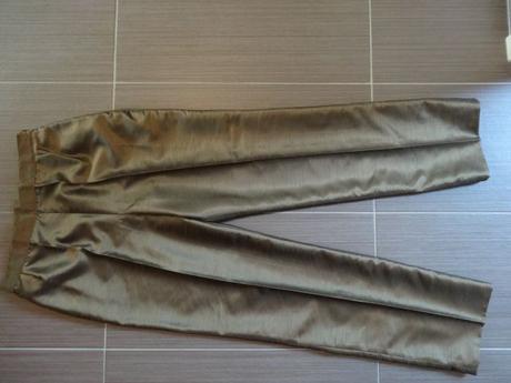 nohavicový kostým s korzetom, 40
