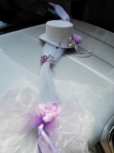 dekorace na auto- cylindr+šerpa,