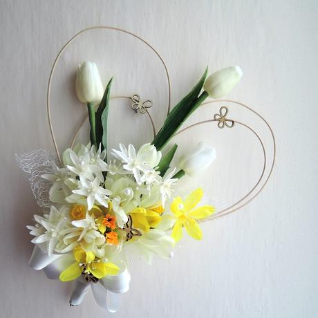 """dekorace na auto """"Tři bílé tulipány"""","""