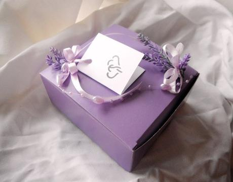Košíček na malé koláčky levandulový,