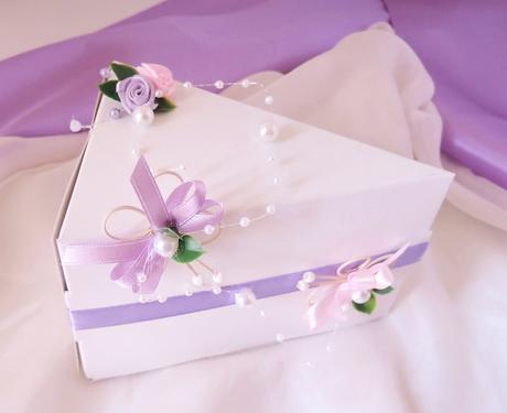 krabička na výslužku nebo dort motýlí,