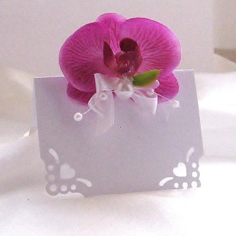 sada k dekoraci stolu- satén s orchidejí,