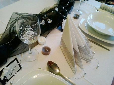 Sada k dekoraci svat. stolu- černobílá elegance,