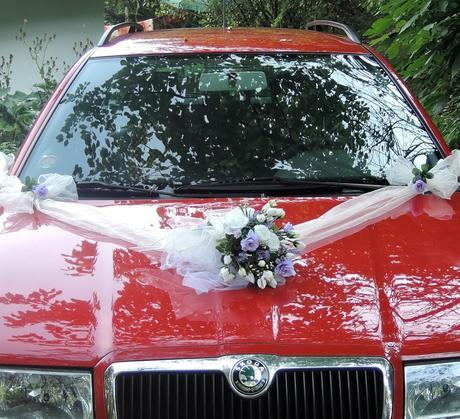 """svatební auto - """"Bílé růže s lila a levandulí"""","""