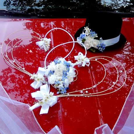 """svatební auto- pro nevěstu a ženicha """"Modrobílá"""","""