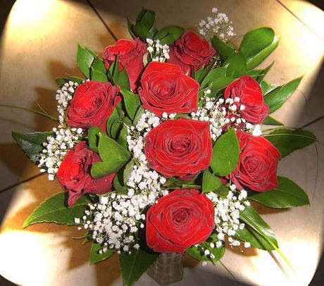 Svatební kytice - červené růže,