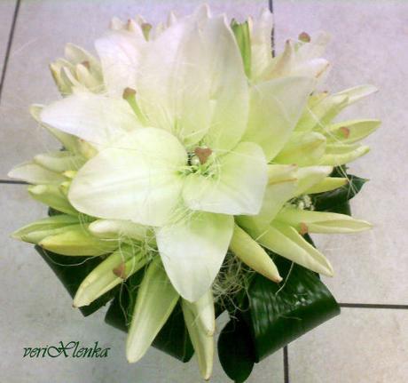 svatební kytice- lilie,