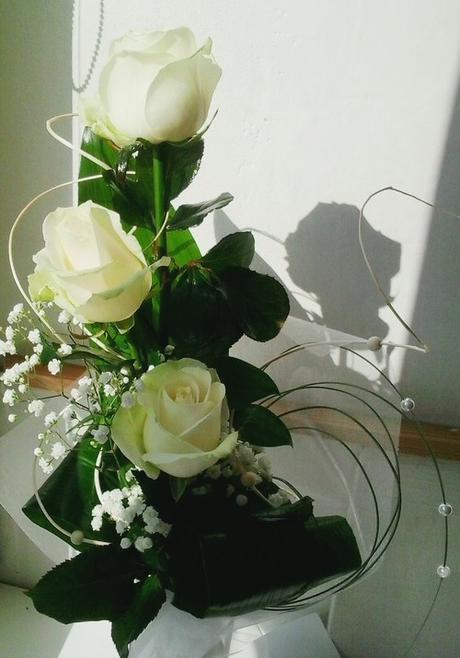 svatební kytice- růže bílá-šampaň,