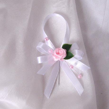 svatební vývazek růžovobílý,