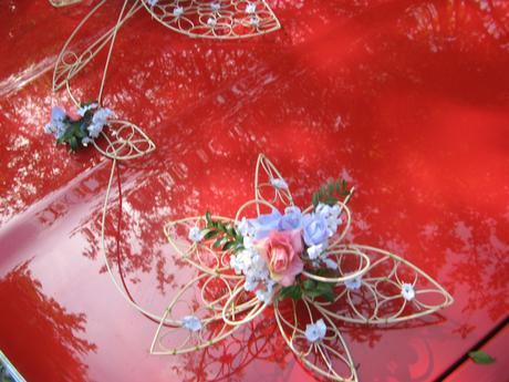 """Výzdoba auta """"Krajkové květy - růžovofialové"""","""