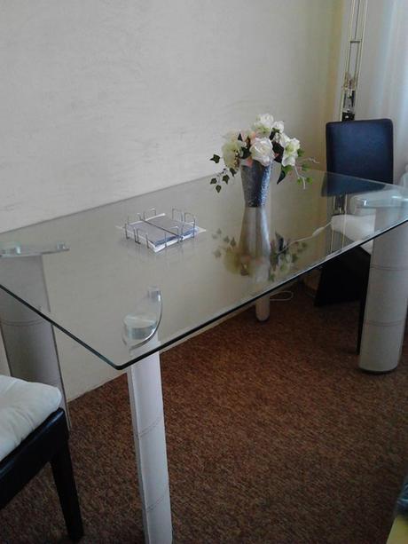 kuchynsky stol,