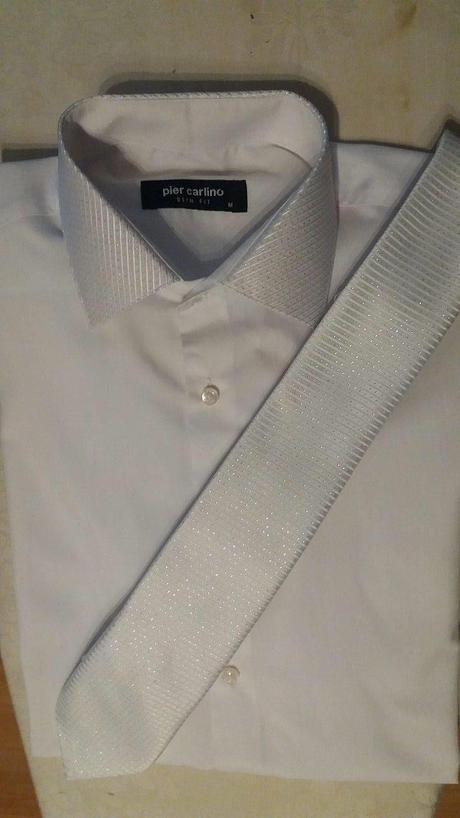 Svadobná košeľa s kravatou, 40