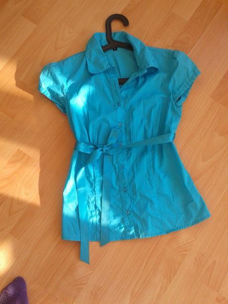 Modrá košile Amisu, S