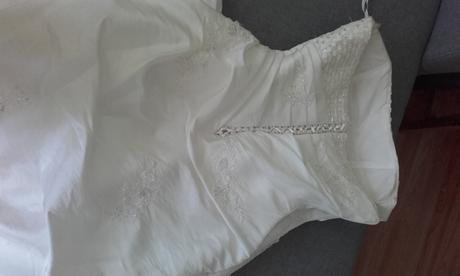 svatebni šaty vel.38-40, 38
