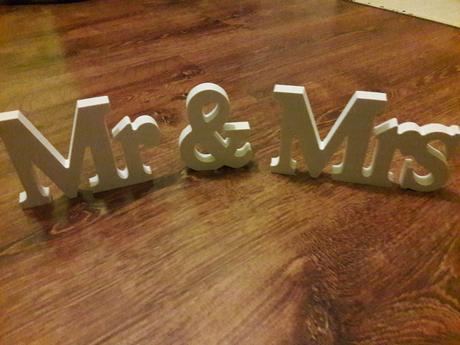 Stojánky Mr. & Mrs. ,
