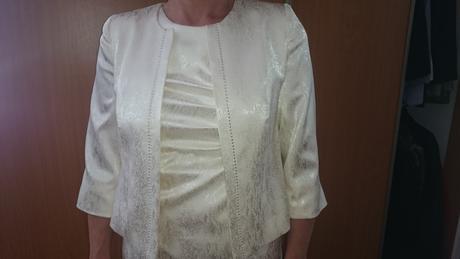 Šaty so sakom aj pre svadobnu mamku , 40