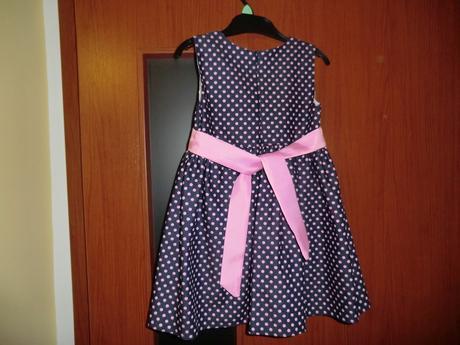 šaty na slávnostnú príležitosť, 104