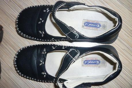 Čierne topánočky, veľ. 32, vn. dl. 20 cm, 32