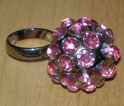 prsteň ako disko-guľa ,