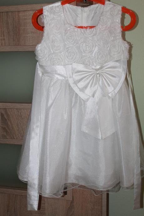 šaty pre dievčatko, 110