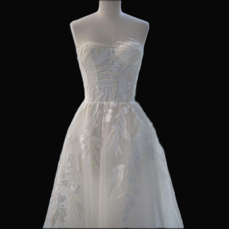 184be80d21ae Romantické splývavé svadobné šaty v.32-56