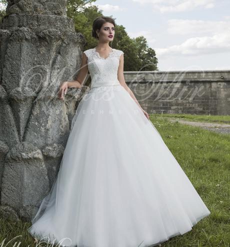 6ef808cbef4b Svadobné šaty od 36-50