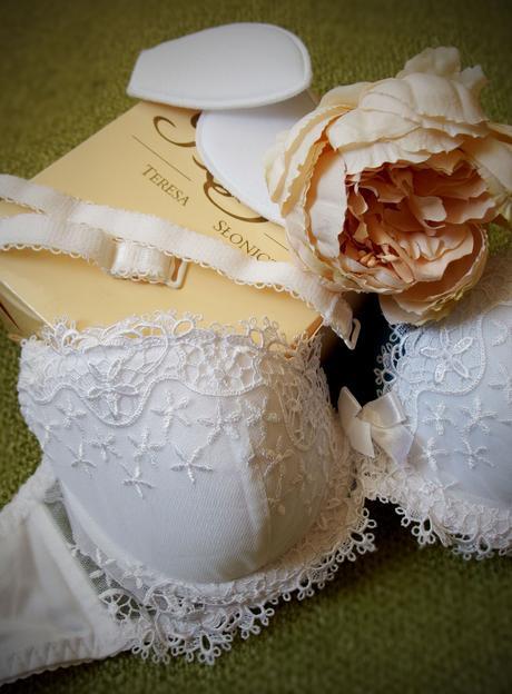 Svatební podprsenka Gracya, 70C