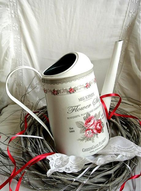 Romantická krhlička v bielom,