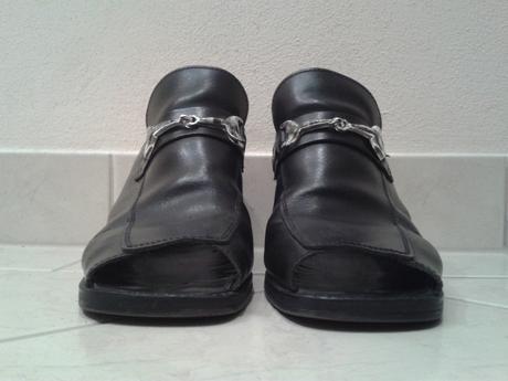 Čierne topánky s otvorenou špičkou/pätou, 38