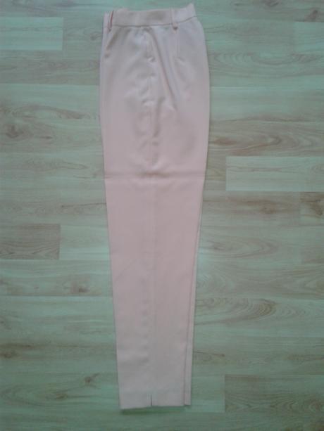 Dámsky nohavicový kostým, 36