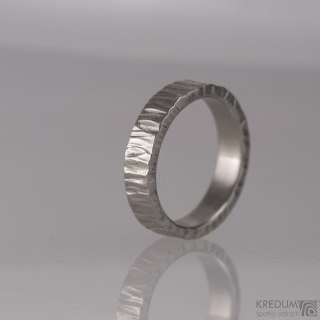Snubní prsteny kované z nerezová oceli - Wood,